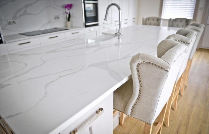 IQ Quartz Stone calacatta-Quartz worktops