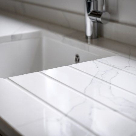 Calacatta select quartz