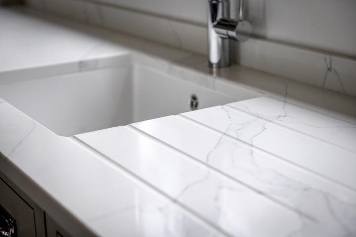 IQ Quartz Stone calacatta-select Quartz worktop