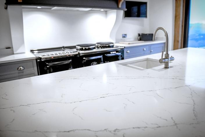 IQ Quartz stone alabaster Quartz worktops